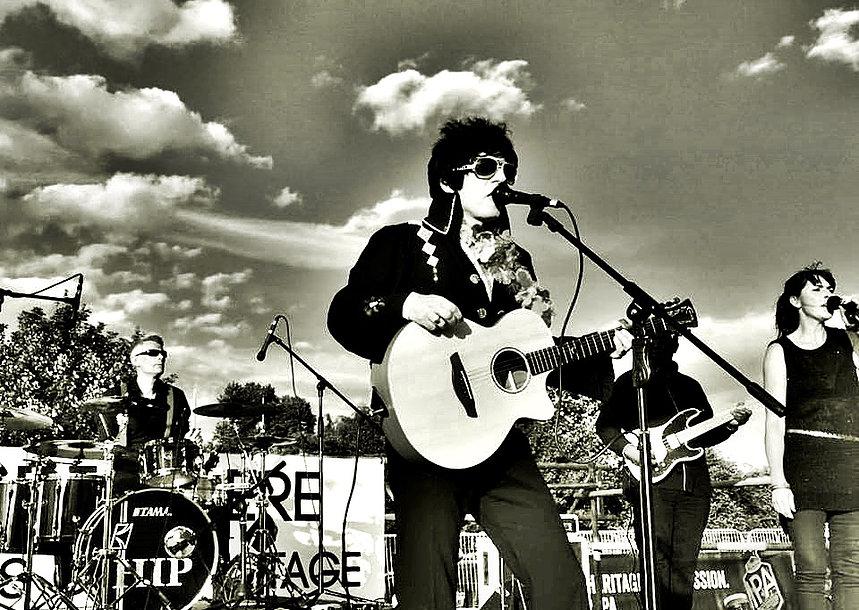 Harry Isaac Presley - Elvis Tribute Artist